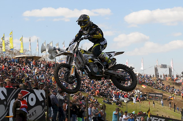 Dirt Biker Super Start Bei Kartenvorverkauf F&252r Motocross WM